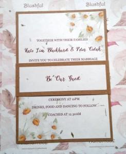 Daisy Grass Paper Invitation
